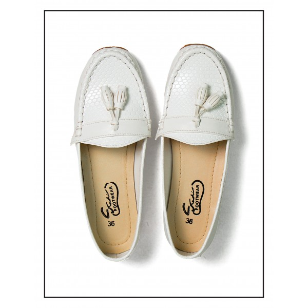 Society Croc White Color Upper With Rubber Sole For Women By Studio Footwear