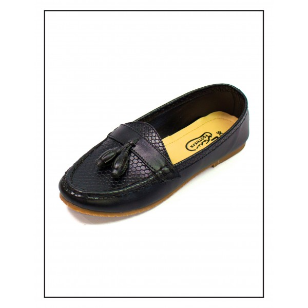 Society Croc Black Color Upper With Rubber Sole For Women By Studio Footwear