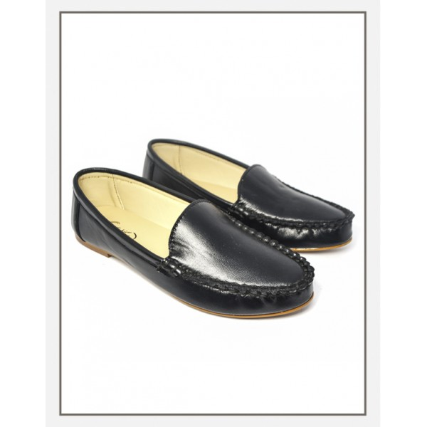 """Presto"" Round Toe Loafers In Black"