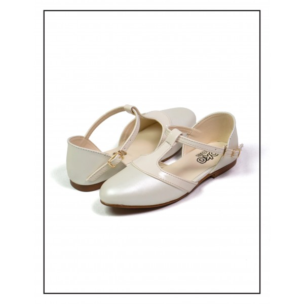 "KOKO KIDS ""LEXI"" WHITE SANDALS FOR GIRLS..."