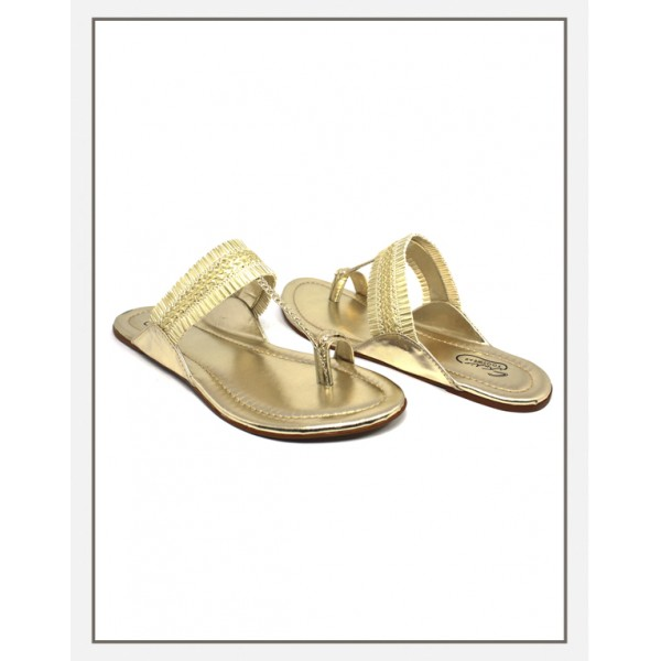 """Golden Classic"" Kolpuri Slippers For Wo..."