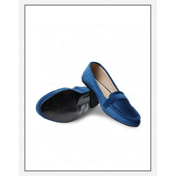 Chic Velvet Loafer Blue